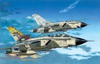 "Dragon Model Kit letadlo 4602 - TORANDO ECR ITALIAN AIR FORCE ""DIAVOLI ROSSE"" & ""SHARKMOUTH"" (1:144)"